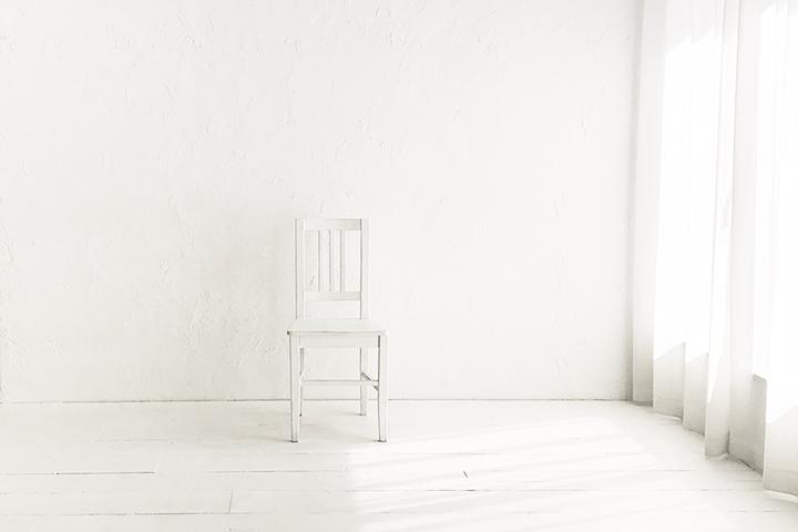 遮光が不要になった漆喰白壁